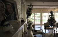 official-residence-of-the-french-consul-general-in-beverly-hills-living-room.jpg